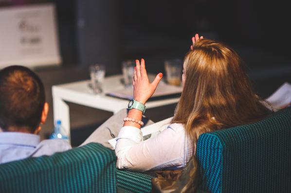 Comment faire un pitch deck pour sa startup ?