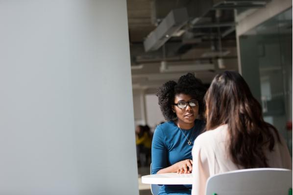 Comment bien préparer un entretien de vente ?