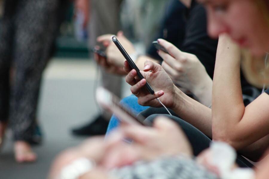 Commentcommuniquer avec les prospects et les clients en temps réel ?
