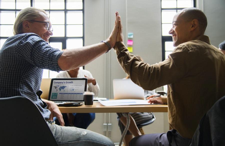 Pourquoi créer une stratégie de contenu unifiée entre les équipes marketing et commerciale ?