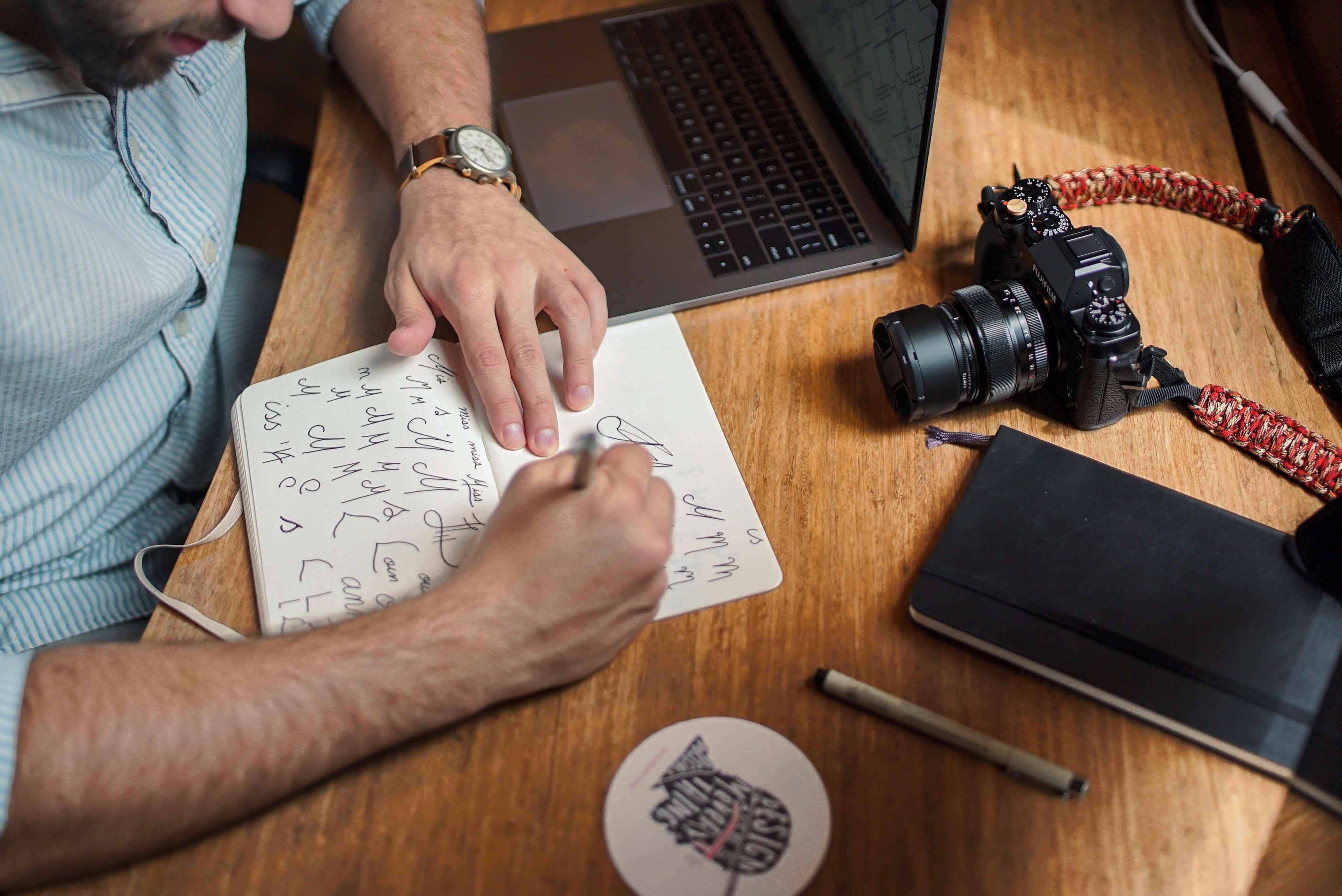 Le guide pour créer une identité de marque mémorable