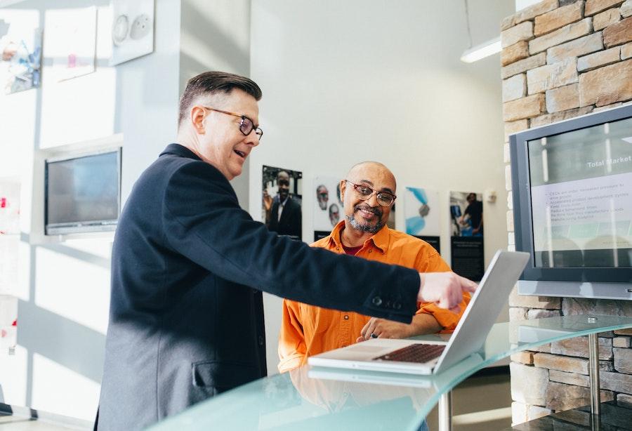 Les compétences fonctionnelles incontournables pour réussir dans la vente