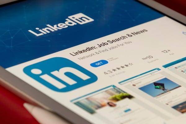 10 exemples de messages LinkedIn pour un premier contact