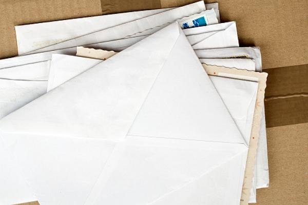 Comment gérer l'ensemble des e-mails et messages sur une plateforme unique