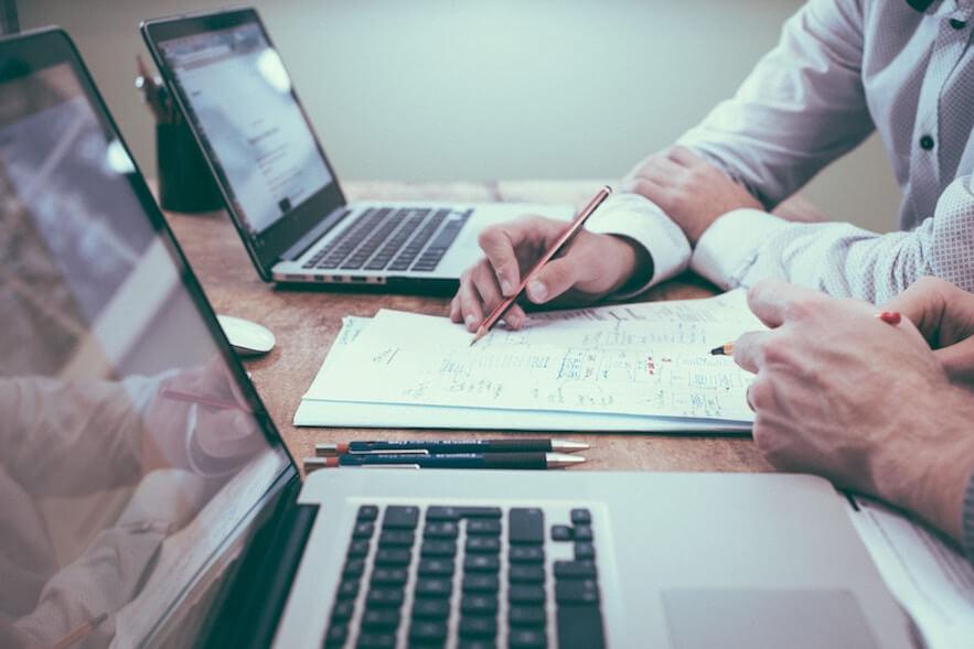 Les compétences en communication essentielles pour réussir dans la vente